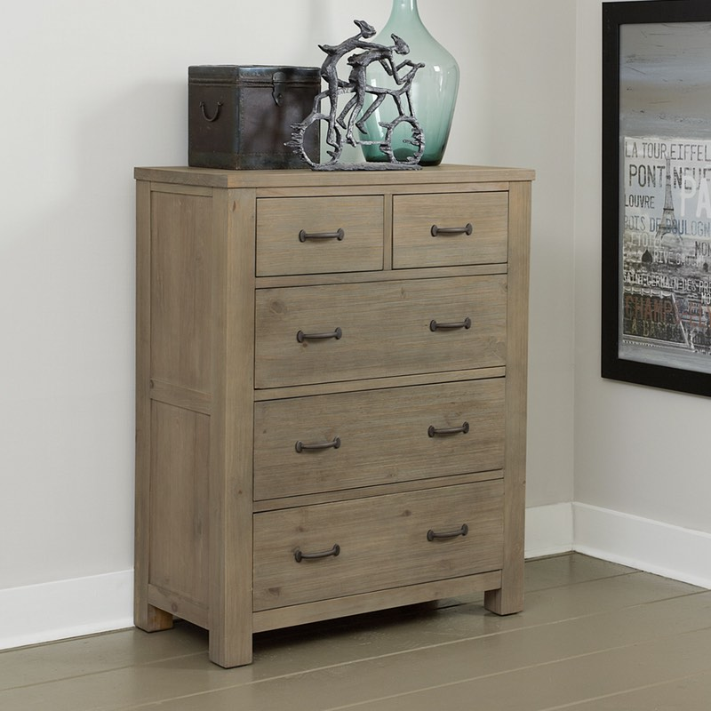 Attrayant Highlands 5 Drawer Chest In Driftwood