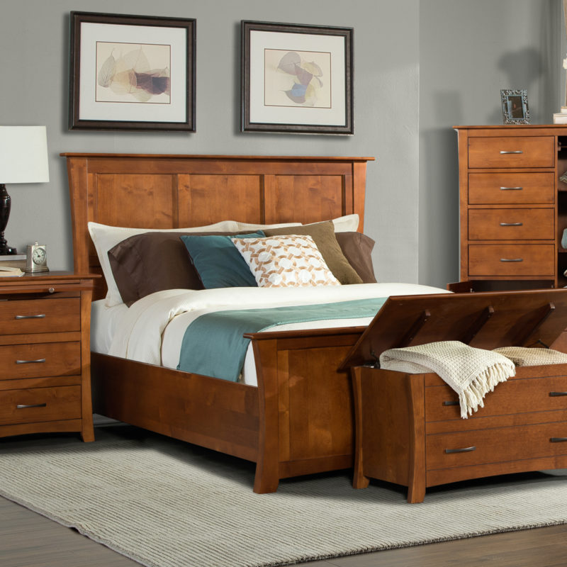 Grant Park Headboard and Footboard in King or Queen