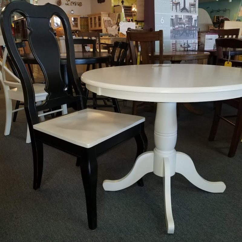 Garage Sale Table And 2 Chairs